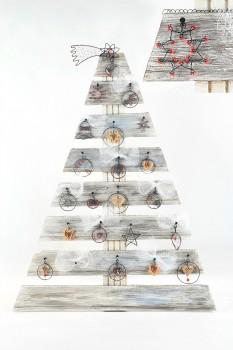 Vánoční stromek – interiérová dekorace - Spirála o.p.s.
