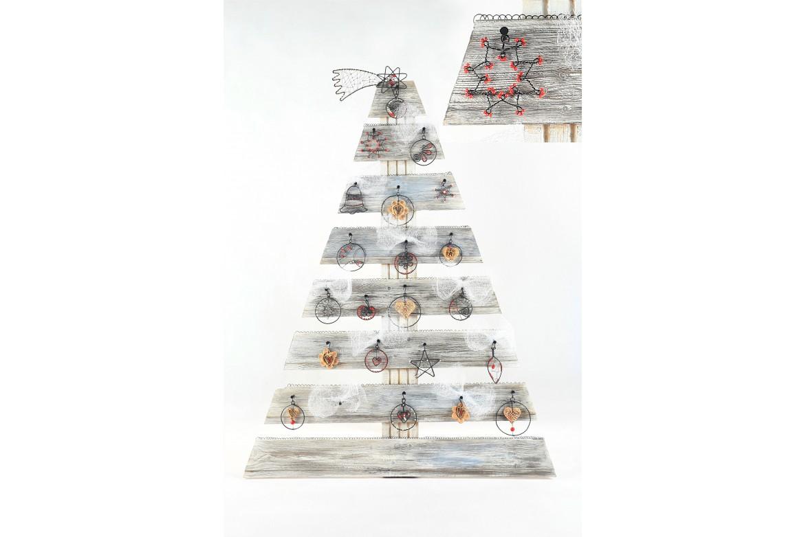 Vánoční stromek – interiérová dekorace - Spirálu o.p.s.